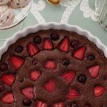 Çilekli ve Çikolatalı Clafoutis Tarifi