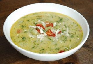 Sebzeli Tel Şehriyeli Tavuk Çorba