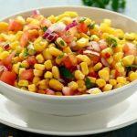 Kırmızı Soğanlı Meksikan Salatası Tarifi